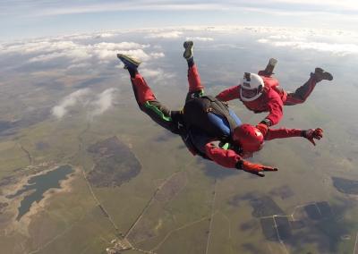 curso skydive queda livre - apoio do instrutor 3
